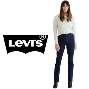 Levi's 725 High Rise Bootcut Jeans - Size 30
